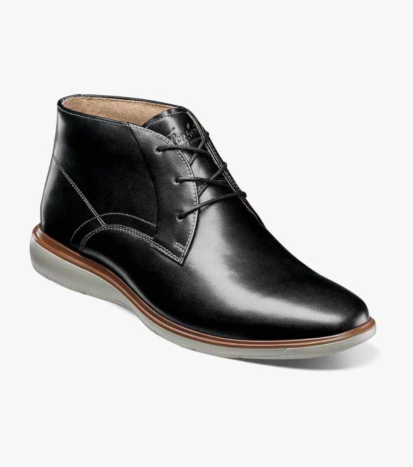 Ignight Plain Toe Chukka Boot
