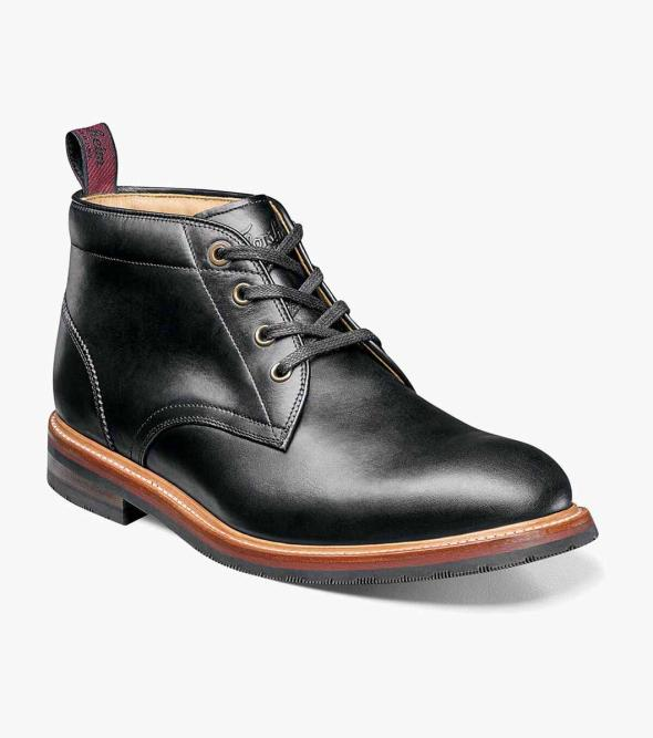 Foundry Plain Toe Chukka Boot