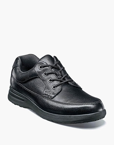 Cavin Moc Toe Oxford in Black Tumbled for 59.90 dollars.