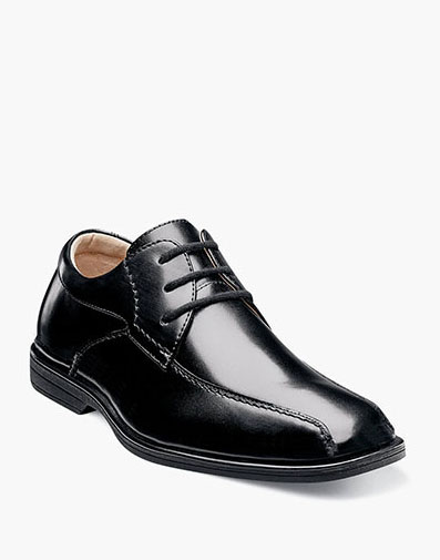 Reveal Jr. Bike Toe Oxford  in Black for 59.95 dollars.