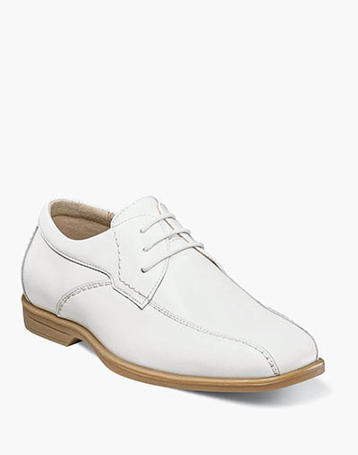 Reveal Jr. Bike Toe Oxford  in White for $44.90
