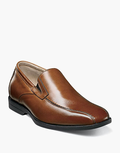 Reveal Jr. Bike Toe Slip On in Cognac for 59.95 dollars.