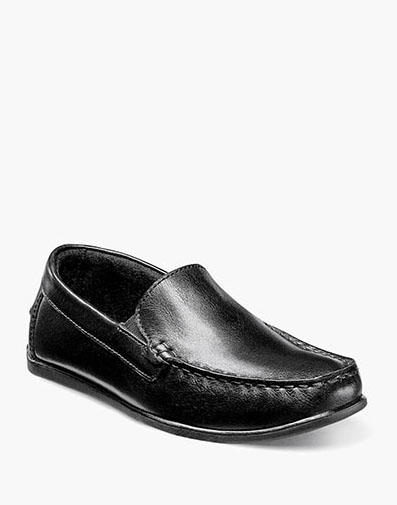 Jasper Jr. Moc Toe Venetian Loafer in Black for 59.95 dollars.
