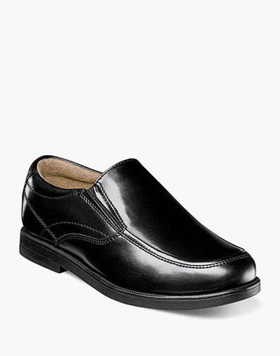 Midtown Jr. Moc Toe Slip On Loafer in Black for 59.95 dollars.
