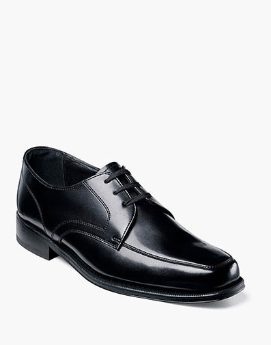 Richfield Moc Toe Oxford in Black for 100.00 dollars.